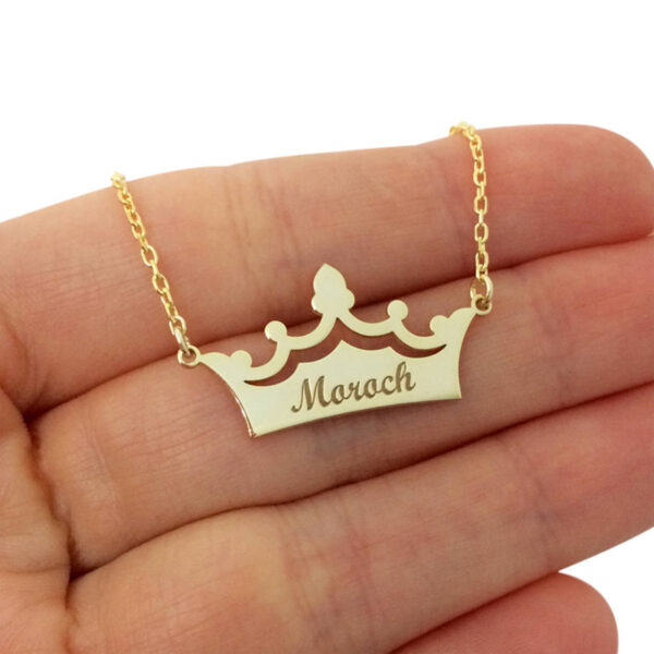 2139333731321 600x600 - Crown Custom Name Necklace