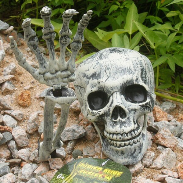 623954784801 600x600 - Halloween decoration props skull claws horror funny simulation haunted house garden plastic  simulation ornaments